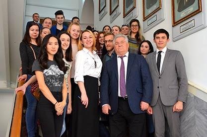 Совещание по вопросам развития молодежной науки